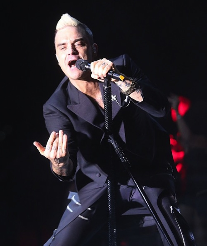 RCAPQRXXQ203_CD_ROBBIE WILLIAMS MONACO.JPG