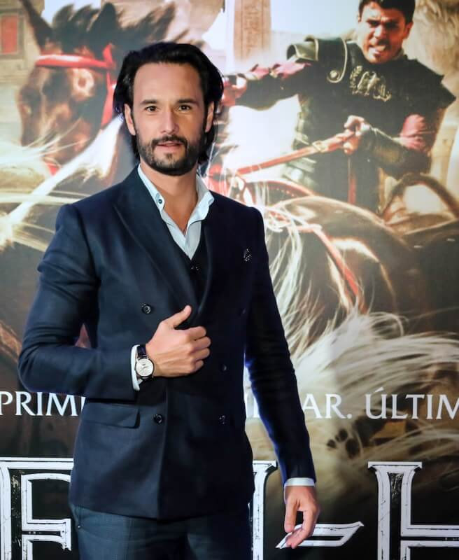 "SAO PAULO, BRAZIL - AUGUST 1: Rodrigo Santoro attends the premiere of ""Ben Hur"" on August 1, 2016 at Cinepolis JK in Sao Paulo, Brazil. (Photo by Rafael Neddermeyer/Getty Images)"